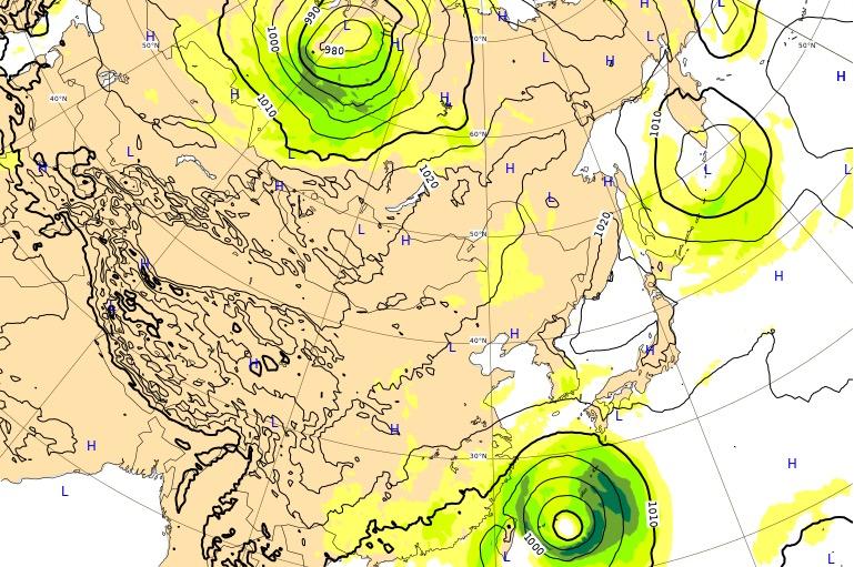 台風17号(ターファー)ヨーロッパ進路予想(24時間後)
